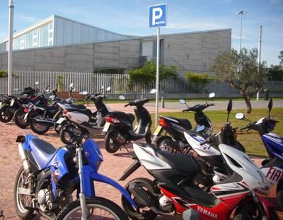 Motocicletes_Aparcament.JPG