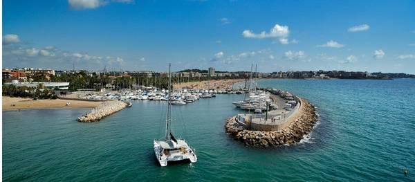 La reforma i ampliació del port esportiu de Salou podria quedar definida abans d'acabar l'any