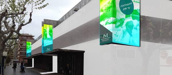 La regidoria de Comerç busca nous atractius pel Mercat Municipal aplicant una nova imatge corporativa i un pla de dinamització específic