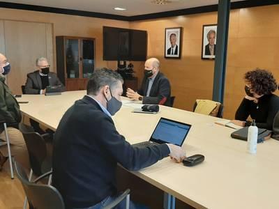 L'Ajuntament de Salou ha sol·licitat a les principals operadores de telecomunicacions que completin el desplegament de fibra òptica a les zones i comunitats de veïns del municipi que encara no tenen aquest servei