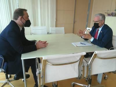 L'alcalde de Salou es reuneix amb el secretari d'Estat de Turisme, Fernando Valdés, en el marc del Congrés d'AMETIC, el 'Digital Tourist 2021', celebrat a Benidorm