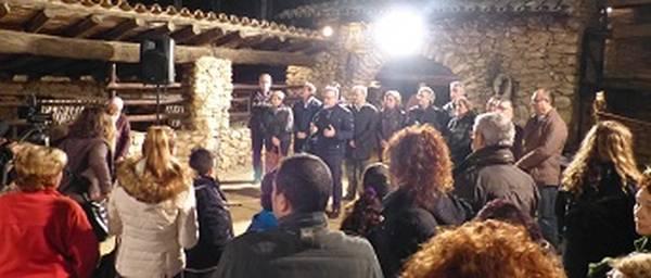 L'alcalde felicita les festes als salouencs durant el tradicional brou de Nadal
