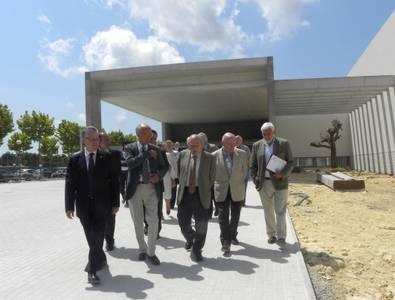 L'expresident de la Generalitat Jordi Pujol visita l'Escola Internacional a Salou