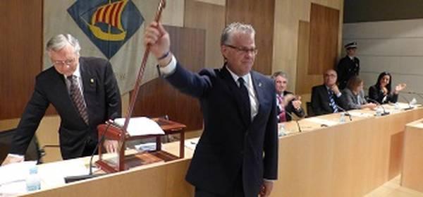 Pere Granados torna a ser investit alcalde de Salou amb el suport dels vuit regidors del seu grup municipal