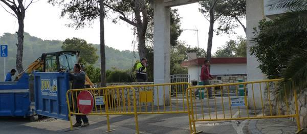 S'inicien les obres de reforma a les portes d'accés a la urbanització Pinosmar