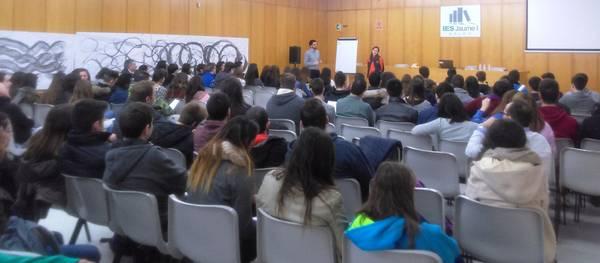 Salou inicia el sisè concurs d'idees de negoci per a joves 'L'institut emprèn'
