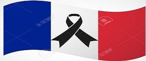 Salou se suma a les mostres de condol pels atemptats de França i dilluns convoca una concentració silenciosa
