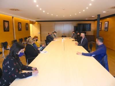 Unitat i consens entre l'Ajuntament de Salou i sectors de l'economia per emprendre la renovació del municipi, cap a un model turístic sostenible i intel·ligent