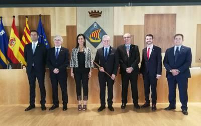 El alcalde de Salou firma el nuevo Cartapacio Municipal para el mandato 2019-2023