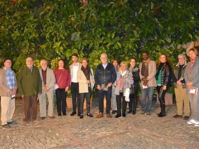 Los pintores y pintoras de Salou muestran sus creaciones en la Torre Vella, en la XIX exposición de artistas locales