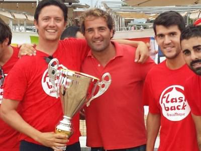 El equipo Flash Back gana la 34 edición del torneo de fútbol playa de verano