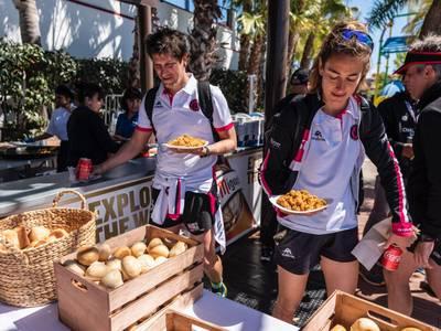 La Challenge Salou, nominada a nivel mundial por los 'Challenge Family Awards' por la mejor comida servida a los triatletas al final de la carrera: paella