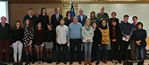 El Ayuntamiento de Salou premia el talento de los jóvenes estudiantes del municipio