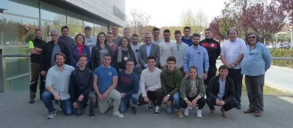 El alcalde recibe un grupo de jóvenes de Lycée Agricole Toulouse-Auzeville