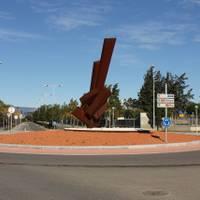 Monumento Violonchelo de Ernesto Knörr - Avinguda de Pau Casals