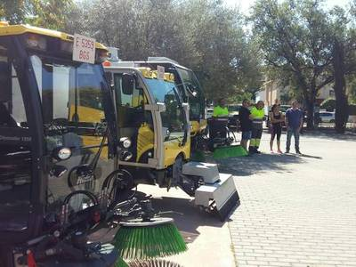 El Ayuntamiento de Salou incrementa los medios de limpieza y de recogida de basuras para este verano