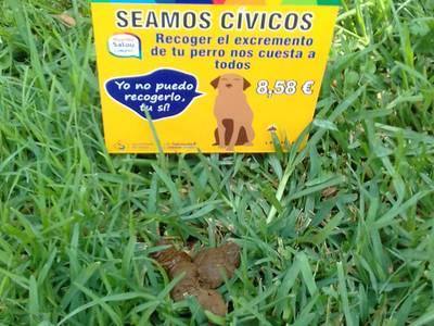 Se inicia una nueva campaña para concienciar a los propietarios de los perros del coste económico de limpiar las cacas que no recogen