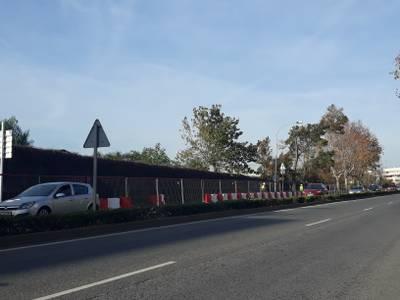 Se inician las obras de mejora de la acera de la autovía Reus-Salou a la altura del camping la Siesta