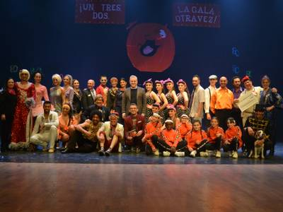GALERÍA DE IMÁGENES: IX Gala Benéfica 'Un, dos, tres ... ¡La gala otra vez!', de la Associació Oncològica Dr. Amadeu Pelegrí (AODAP)