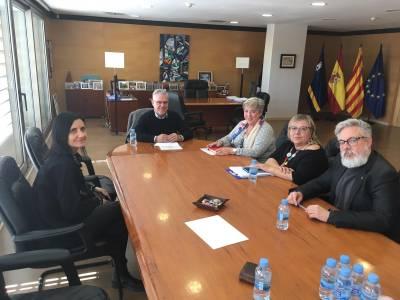 Se presenta la nueva junta de la asociación vecinal Salou-este