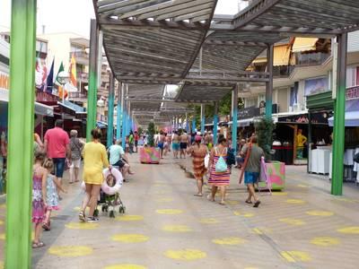 El Ayuntamiento de Salou colaborará con la Generalitat en la realización de inspecciones en los establecimientos comerciales de la ciudad