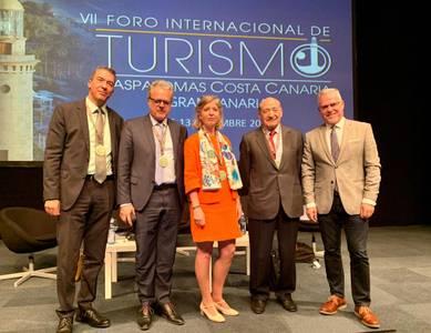 El alcalde de Salou, Pere Granados, explica en Maspalomas Costa Canaria la fórmula para combatir el 'overtourism'  y ser un destino sostenible