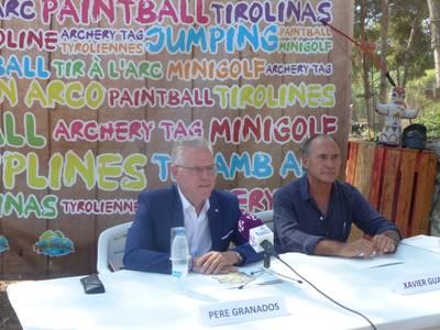 El alcalde de Salou, Pere Granados, satisfecho por el aprovechamiento de un espacio urbano con atracciones de ocio y aventura