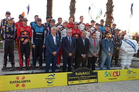 El alcalde Pere Granados da el pistoletazo de salida a la 55ª edición del RallyRACC Catalunya - Costa Daurada