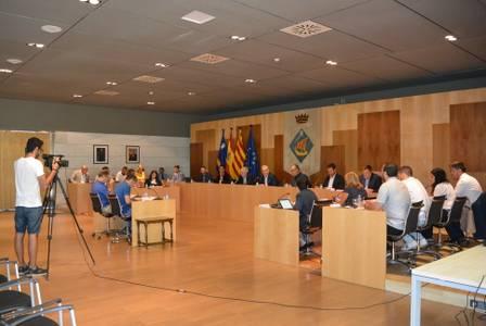 El Ayuntamiento de Salou aprueba la organización del gobierno para la gestión municipal y el impulso de proyectos durante los próximos cuatro años de mandato