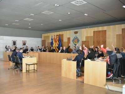 El último pleno del año 2019 aprueba, por unanimidad, el proyecto de obras de pavimentación de 4 zonas de aparcamiento público en el municipio de Salou