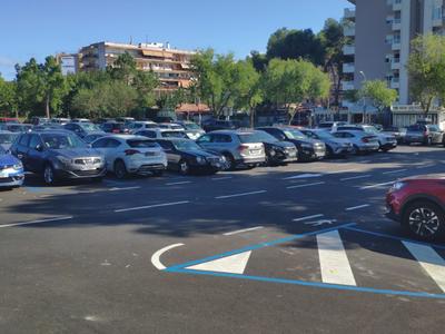 Con la entrada en funcionamiento de la App Aparcar, los usuarios residentes en Salou podrán estacionar en zona azul ilimitadamente y con una tarifa superreducida