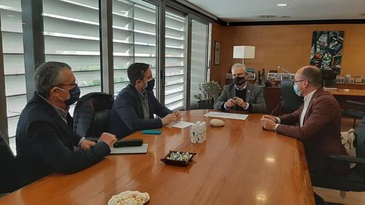 El alcalde de Salou mantiene una reunión con el director de la Agència Catalana de Turisme para poner en común líneas de trabajo que dinamicen el sector turístico, a través de la creación de nuevos productos
