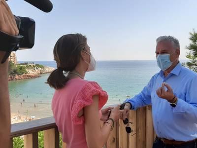 El alcalde Pere Granados pide la creación de un corredor entre el Reino Unido y Salou, la Costa Daurada y las Terres de l'Ebre, a través del aeropuerto de Reus, que certifique que 'somos destinos seguros de COVID-19'