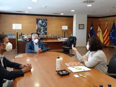 El alcalde Pere Granados se reúne con la secretaria territorial de PIMEC, Gemma Gasulla, para tratar sobre la reactivación de la economía local