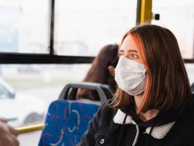 El Ayuntamiento de Salou informa de la obligatoriedad del uso de mascarillas en los diferentes medios de transporte