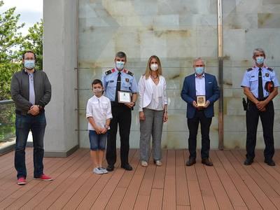 El Ayuntamiento de Salou otorga una placa de reconocimiento a la labor desarrollada por el Jefe de los Mossos d'Esquadra de Salou y Vila-seca, Eduard Blanch