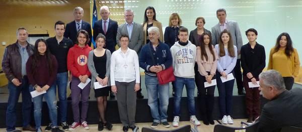 El Ayuntamiento de Salou premia el talento de los mejores estudiantes del municipio