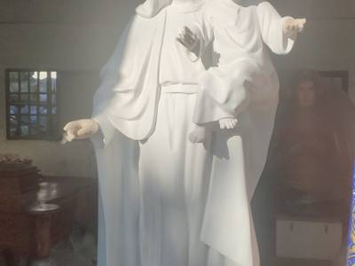 El Ayuntamiento renueva la imagen de la Virgen de Salou que permanece en la Iglesia de Santa María del Mar