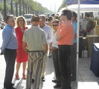 """Gran acogida e interés por la """"Fira Fora Stocks"""" en el día de la inauguración"""