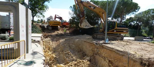 Las obras del Ferrari Land cortan la avenida Pere Molas durante dos semanas