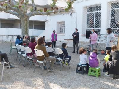 Los niños y niñas del servicio 'Dofí Màgic' participan en dos sesiones educativas medioambientales, a cargo de Good Karma Projects