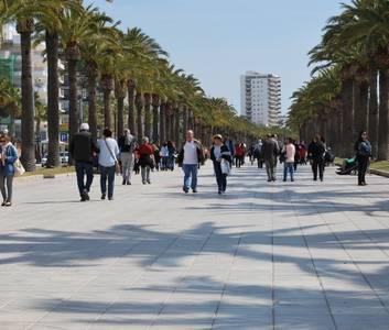 Los profesionales y microempresas del sector turístico podrán beneficiarse de una nueva línea de subvenciones de la Generalitat, para hacer frente a las consecuencias económicas del COVID-19