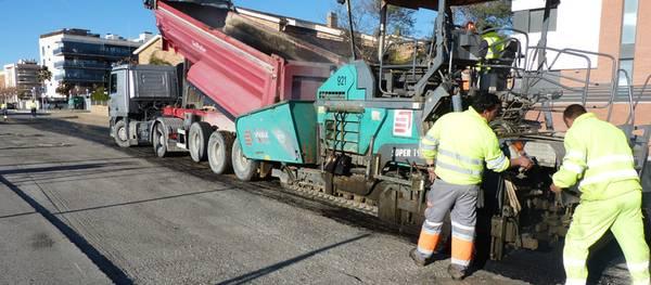 Salou invierte cerca de 158.000 euros en un plan de choque para asfaltar varias calles